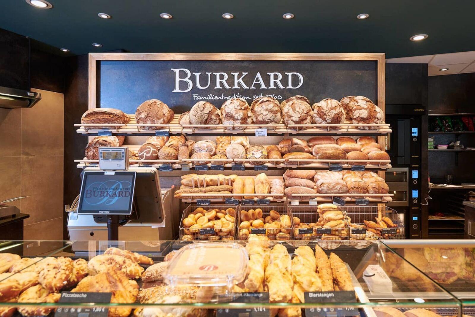 Täglich frische Brotspezialitäten in den Filialen der Bäckerei Burkard