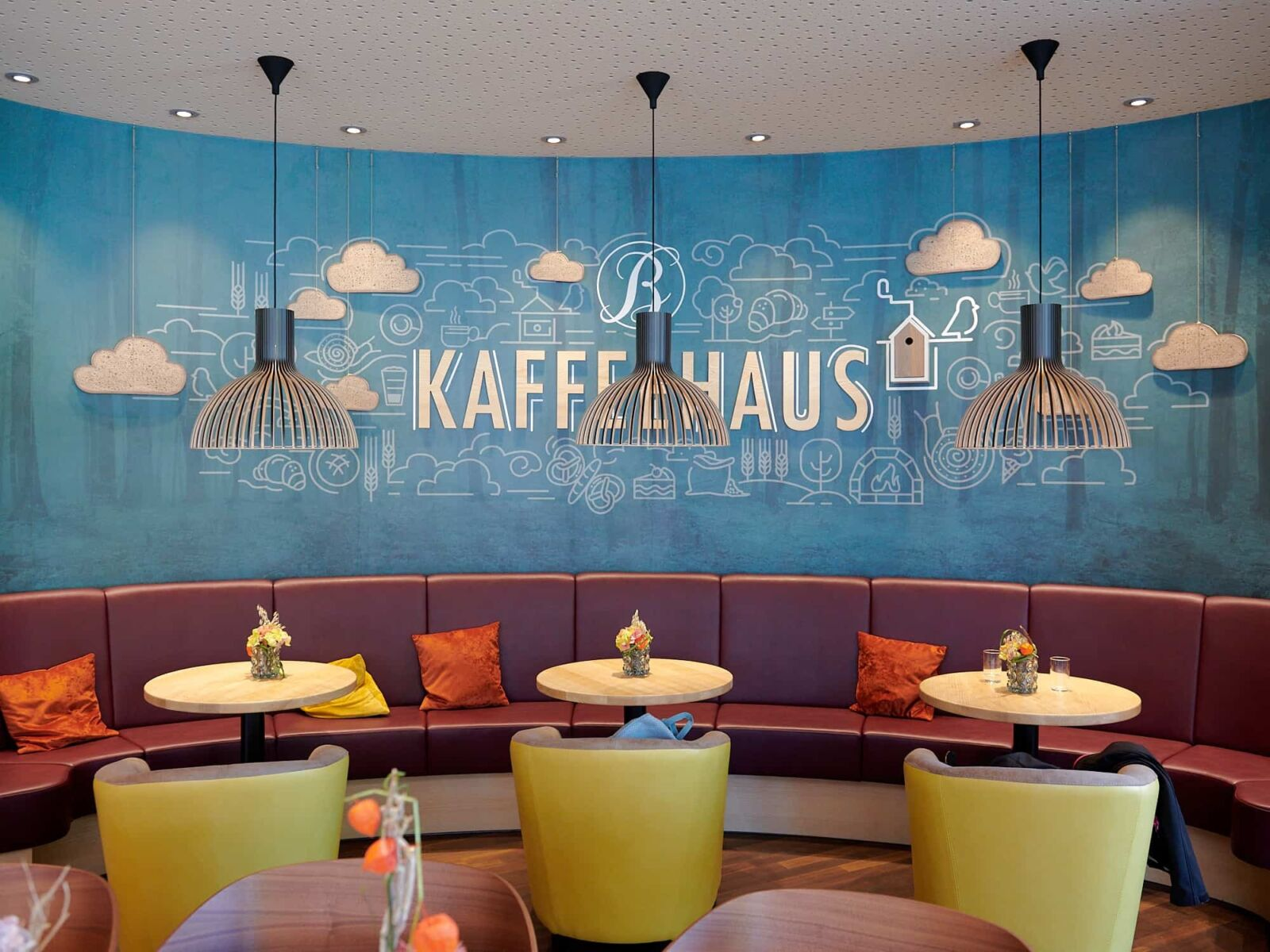 Gemütliche Sitzgruppe im Kaffeehaus